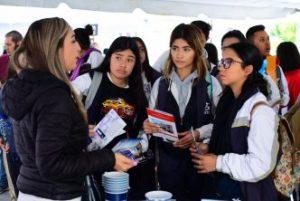 Instituto Municipal de la Juventud / MÁS DE 500 JÓVENES ACUDIERON A LA PRIMERA FERIA DE UNIVERSIDADES DEL IMJUVA
