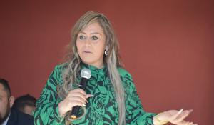 LA DOCTORA ELBA LORENA TORRES DÍAZ ENTREGA 200 SEGUROS DE GASTOS FUNERARIOS PARA FAMILIAS DE AGUASCALIENTES