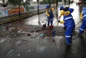 Municipio Aguascalientes / SERVICIOS PÚBLICOS INTENSIFICA OPERATIVO DE LIMPIEZA PARA PREVENIR INUNDACIONES