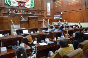130 ESTUDIANTES PARTICIPARON / En los parlamentos juveniles que organizó la diputada Guadalupe de Lira