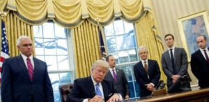 Trump dejó carta a Joe Biden: Portavoz de la Casa Blanca